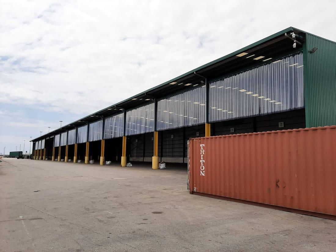 instalación cortinas de lamas de pvc flexible puerto de Barcelona
